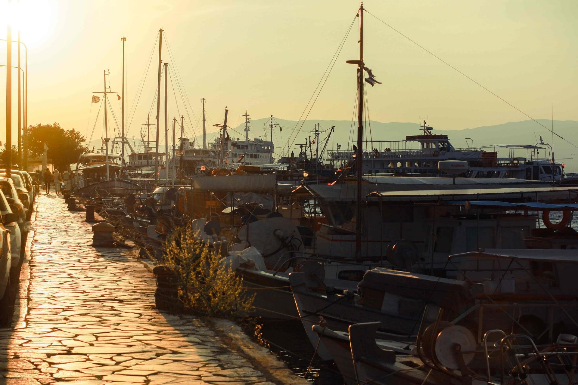 port in grecia